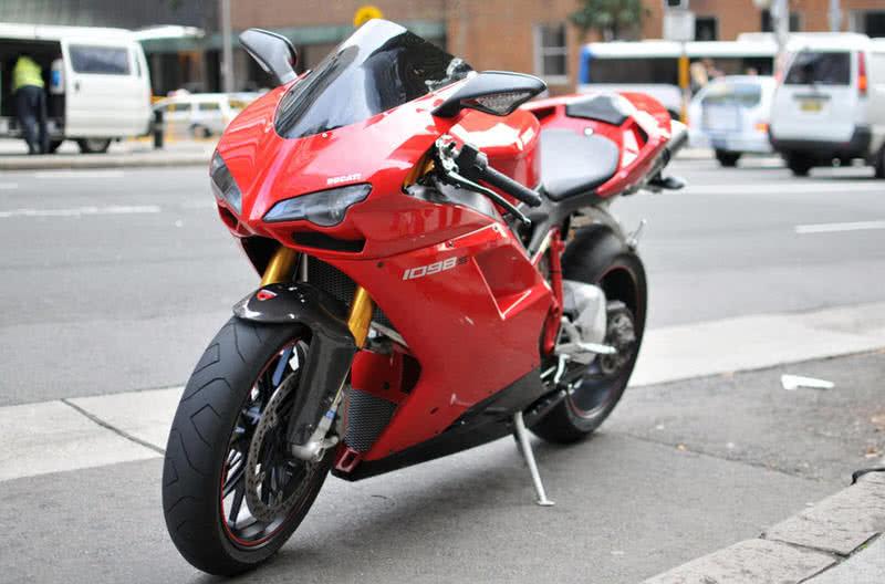Ducati 1080 S