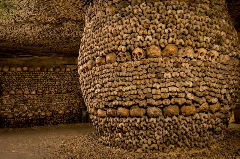 paris catacomb
