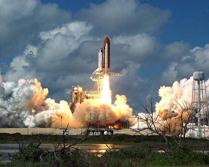 discovery space shuttle from NASA