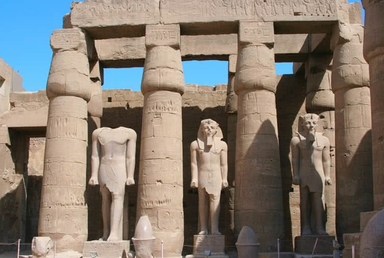 egyptian monumental architecture